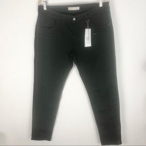 Zara mid rise cropped zipper at ankle black jeans